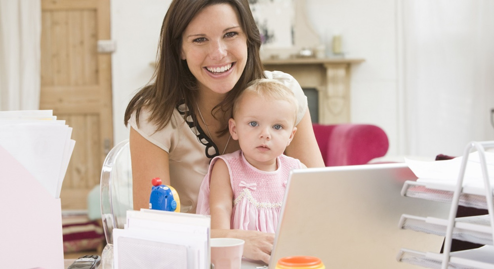10 tips for dealing with work and parental leave